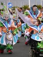 Carnaval parade in Santa Cruz