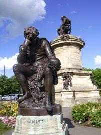 Hamlet statue in Shakespeare's hometown