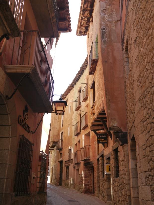 Albarracín narrow streets & high buildings